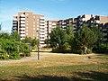 Innenhof mit Spielplatz - panoramio.jpg