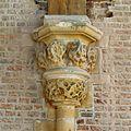Interieur, detailopname van kapiteel, voor restauratie - Leiden - 20359810 - RCE.jpg