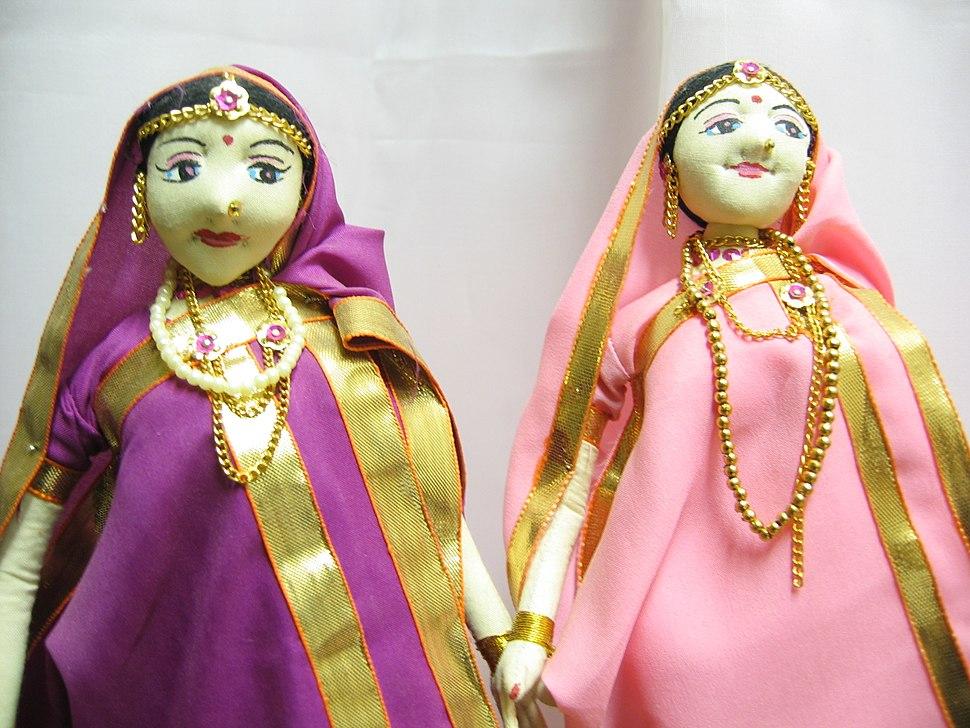 Jamindar Ginni Dolls from Aarong by Ragib Hasan