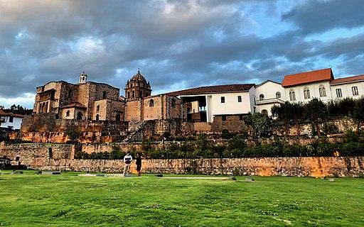 Jardin Sagrado y Qorikancha y Iglesia De Santo Domingo