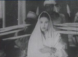 Joymoti Konwari - Screenshot from Joymoti (actress Aideu Handique as Joymoti)
