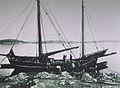 Käringön 1897. Bytet delas efter storbackefisket.JPG