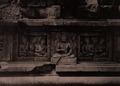 KITLV 155205 - Kassian Céphas - Reliefs on the terrace of the Shiva temple of Prambanan near Yogyakarta - 1889-1890.tif