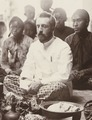 KITLV 3953 - Kassian Céphas - Dr. GAJ Hazeu cropped - c 1902.tif