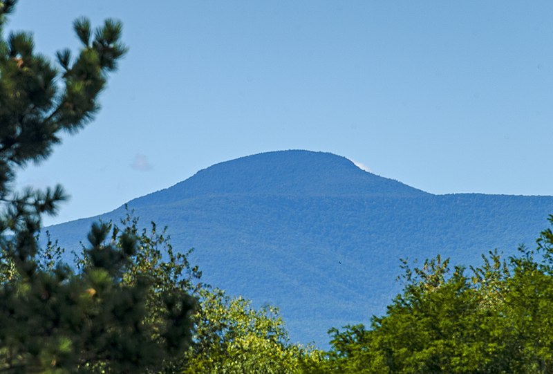 File:Kaaterskill High Peak from Upper Red Hook, NY.jpg