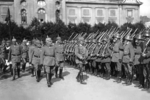 Kaiser Wilhelm II inspects the German troops. Riga. Esplanade. 1917.png