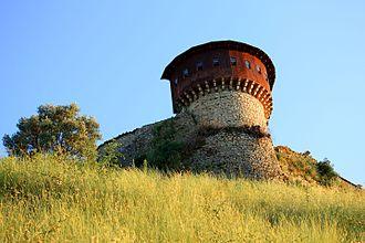 Petrelë Castle - Image: Kalaja e Petreles 02