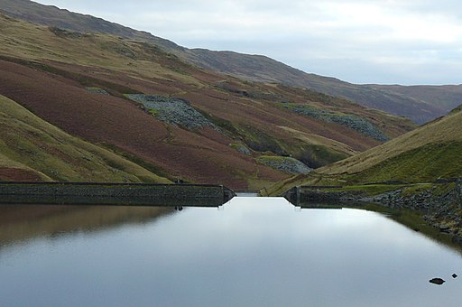 Kentmere Reservoir out-flow - geograph.org.uk - 1758586