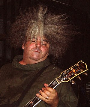 Buzz Osborne - Buzz Osborne performing with Melvins in 2006