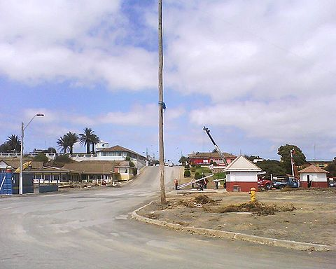 Just one kiosk and some bathrooms in front of the Arturo Prat Square survived the tsunami in Pichilemu.