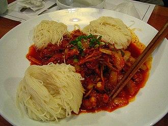 Anju (food) - Image: Korean.cuisine Nakjibokkeum 01
