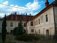 Lažany castle 2.jpg