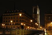 La Cathédrale Notre-Dame de Paris vue du pont d'Arcole.jpg