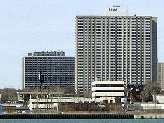 Lafayette Park, Detroit - Image: Lafayette Pavillion Apartment