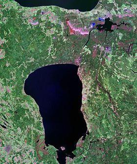 Чудское озеро из космоса