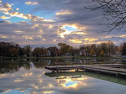 Lake morning (hdr) (1759580544).jpg