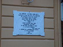 Lapide sulla facciata della casa messinese di Giorgio La Pira