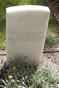 Leading Aircraftman J G Cameron gravestone in the Wagga Wagga War Cemetery.jpg