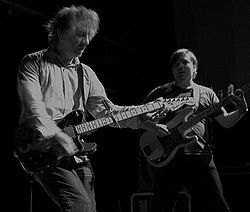 Lee Ranaldo dal vivo con i Sonic Youth nel 2006