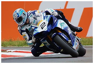 Leon Camier - Camier riding his Airwaves Yamaha during the 2009 BSB championship at Snetterton
