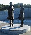 Lincoln and Davis Statue 2.jpg
