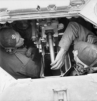 Ordnance QF 2-pounder - Crew inside a Valentine tank loading the gun.