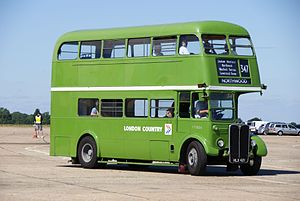 London Country bus RT604 (HLX 421), 2010 North Weald bus rally.jpg