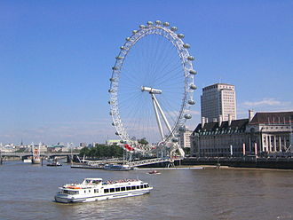 1999 in architecture - London Eye seen from Westminster Bridge