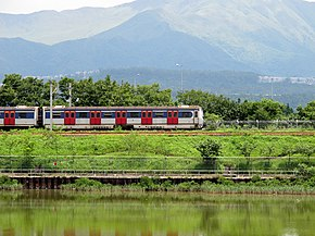 MLR Train near Tai Po Kau 2012.jpg