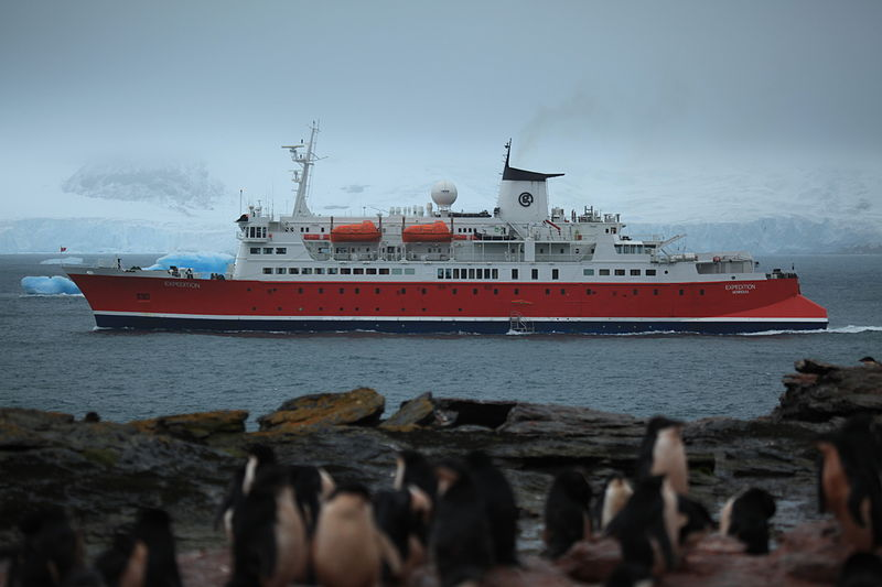 File:M S Expedition in the South Orkney Islands (5917162769).jpg