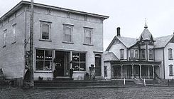 Magasin de M Blais Saint-Chrysostome 1910.jpg
