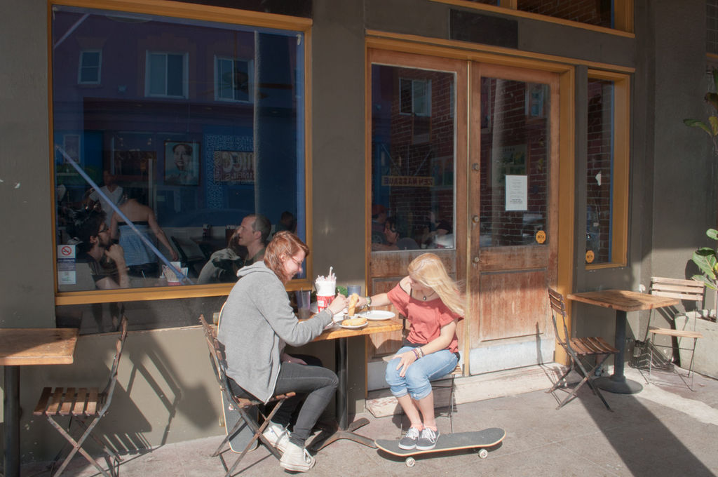 File:Maos Kitchen, Venice Beach (5749060856).jpg - Wikimedia Commons