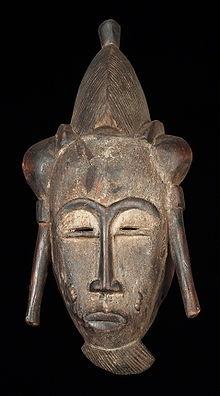 https://upload.wikimedia.org/wikipedia/commons/thumb/2/2b/Masque_baoul%C3%A9.jpg/220px-Masque_baoul%C3%A9.jpg