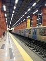 Metro de Lisboa - Estação Olaias (8175687447).jpg