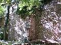 Mikulov, zeď v zahradě kostela.JPG
