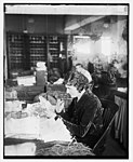 Miss Myrtie Soper in dead letter office, 1-26-26 LCCN2016841722.jpg
