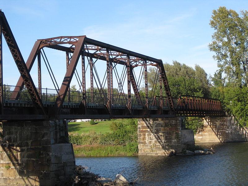 File:Missisquoi Valley Rail Trail 6.JPG