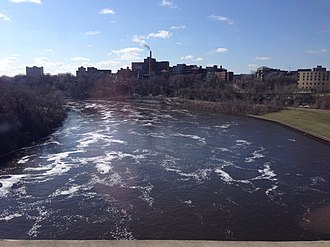 Washington Avenue Bridge (Minneapolis) - The Mississippi River looking downstream (southeast) toward the University of Minnesota Medical Center.