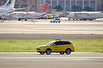Mitsubishi Outlander Flight Safety Patrol Car of Taipei Songshan Airport 20161220.jpg