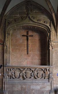 Monestir de la Trinitat de València, tomba de Maria de Castella.JPG
