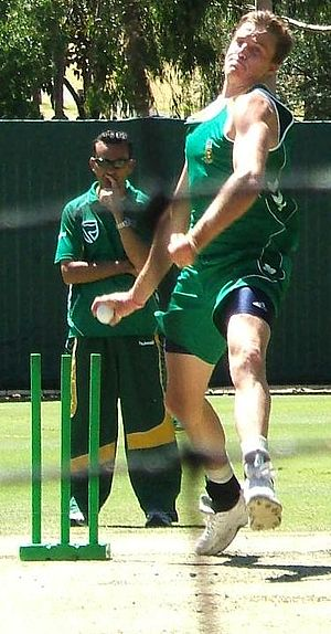 Morné Morkel - Morkel bowling in the Adelaide Oval nets, January 2009