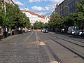 Moskevská, rekonstrukce, odstrojené zastávky Vršovické náměstí.jpg