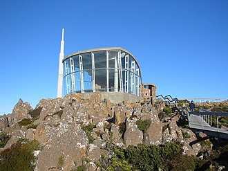 Mount Wellington (Tasmania) - The lookout building near the summit, with the main television and radio transmitter in the background.