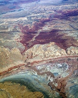Muddy Creek (central Utah) - Image: Muddy Creek crossing the SR Swell