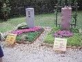 Mustergrabanlagen - panoramio - Arnold Schott.jpg