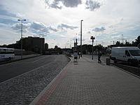 Nádraží Veleslavím (metro), vstup (002).jpg