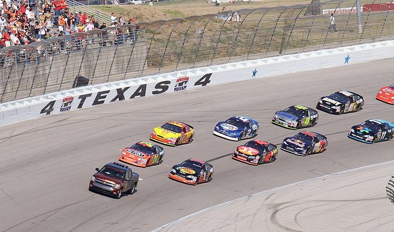 File:NASCARNEXTELCupFieldTexasMotorSpeedway.jpg