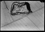 NIMH - 2011 - 1039 - Aerial photograph of Fort aan de Nieuwe Steeg, The Netherlands - 1920 - 1940.jpg