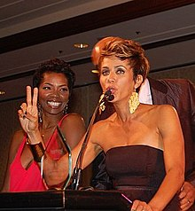 Description de l'image  Nicole Ari-Parker and Vanessa A. Williams.jpg.