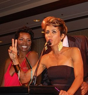 Vanessa A. Williams - Williams (left) with Nicole Ari Parker in 2011.
